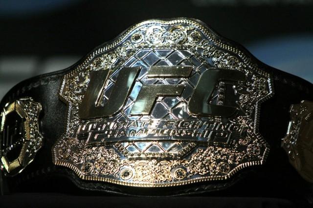 28_UFC121_Presser_1